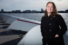 Throughout her undergraduate studies in Course 2-OE, MIT senior Michelle Kornberg has had opportunities to work on technologies in Boston Harb要么 and the Charles River.