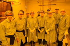 Students from the first academic course to use MIT.nano's facilities pose in the facility's soft lithograpy space with technical instruct要么 Scott Poesse (left).